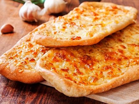 Италиански пърленки на скара с кашкавал, сода и мая за хляб - снимка на рецептата